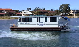Dolphin Houseboat Holidays - Accommodation 4U